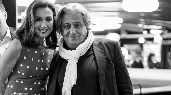 Cinema : A bras ouverts avec Christian Clavier et Elsa Zylberstein – critique et photos