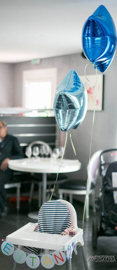 photo chaise haute anniversaire bapteme etoile multicolore by modaliza