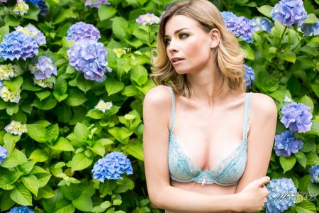 photo mode lingerie printemps floral bleu book mannequin femme blonde bordeaux by modaliza photographe-7117