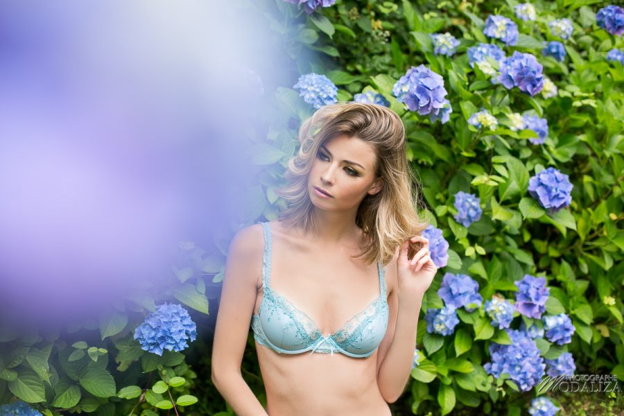 photo mode shooting lingerie printemps floral bleu book mannequin femme blonde bordeaux by modaliza photographe-7139