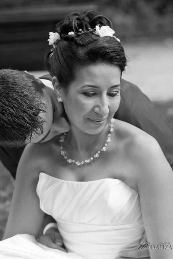 photo couple love session trash the dress mariés in Paris romantique parc monceau by modaliza photographe-92