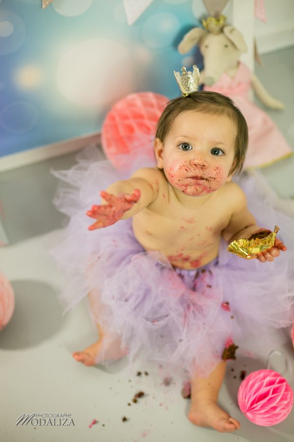 photographe anniversaire cake smash bordeaux gironde studio photo cupcakes petite fille girl poupee by modaliza photographe-7062