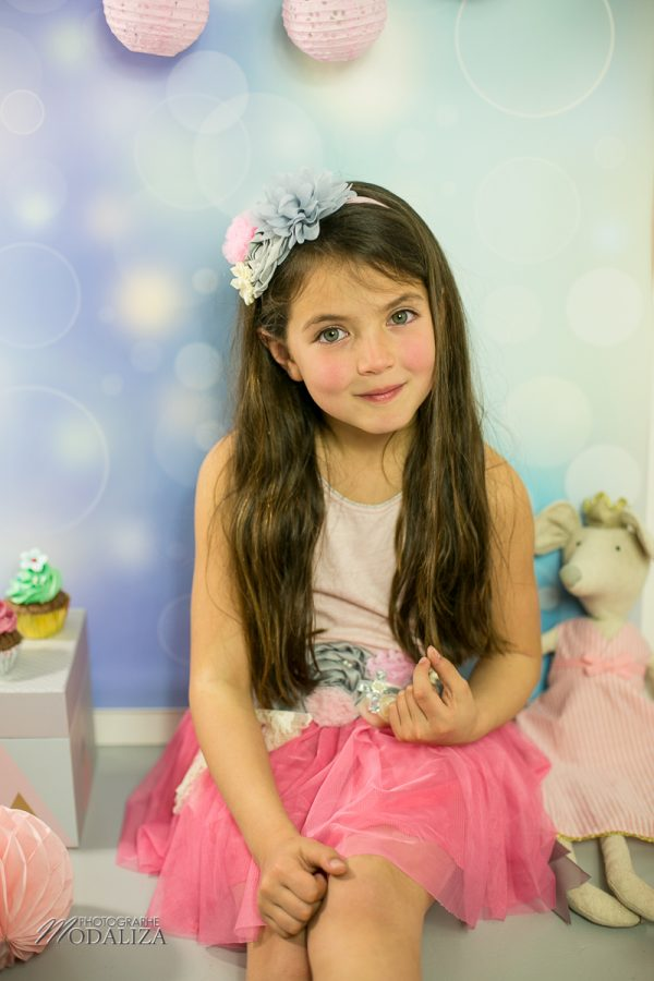 photographe anniversaire cake smash bordeaux gironde studio photo cupcakes petite fille girl poupee by modaliza photographe-7104