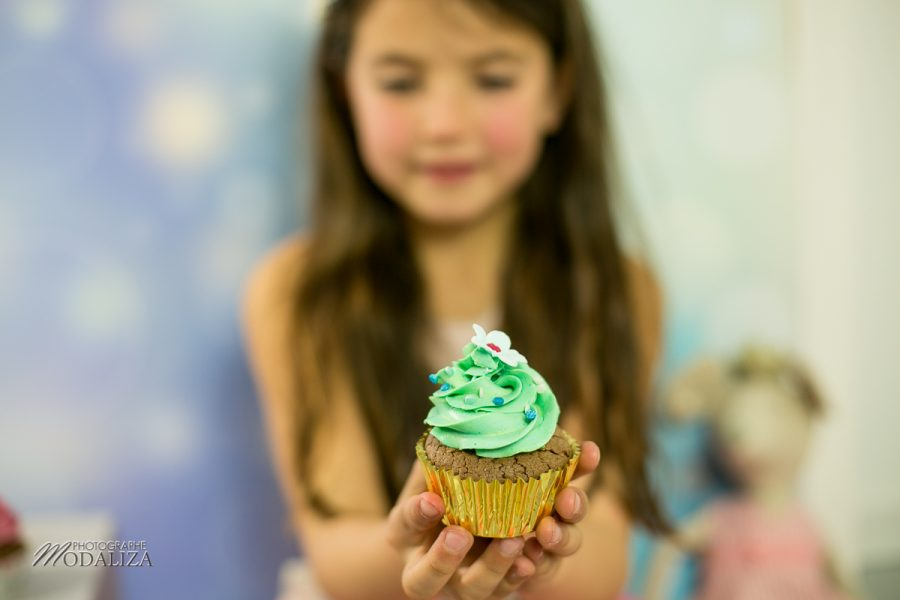 photographe anniversaire cake smash bordeaux gironde studio photo cupcakes petite fille girl poupee by modaliza photographe-7127