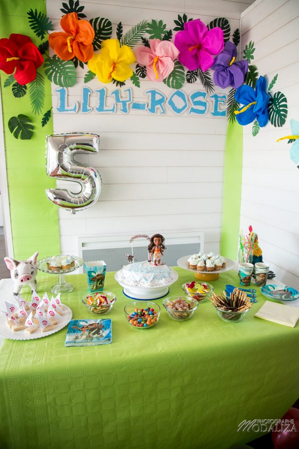 anniversaire vaiana birthday diy ocean cake photobooth sweet table tropical party by modaliza photographe-2174