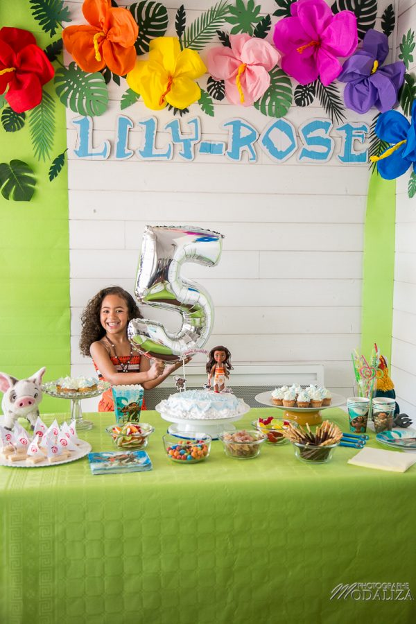 anniversaire vaiana birthday diy ocean cake photobooth sweet table tropical party by modaliza photographe-2241