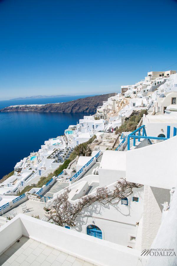 santorin travel blog greece guide voyage merovigli grece caldeira eglise coupole bleu weekend court sejour by modaliza photographe-3043