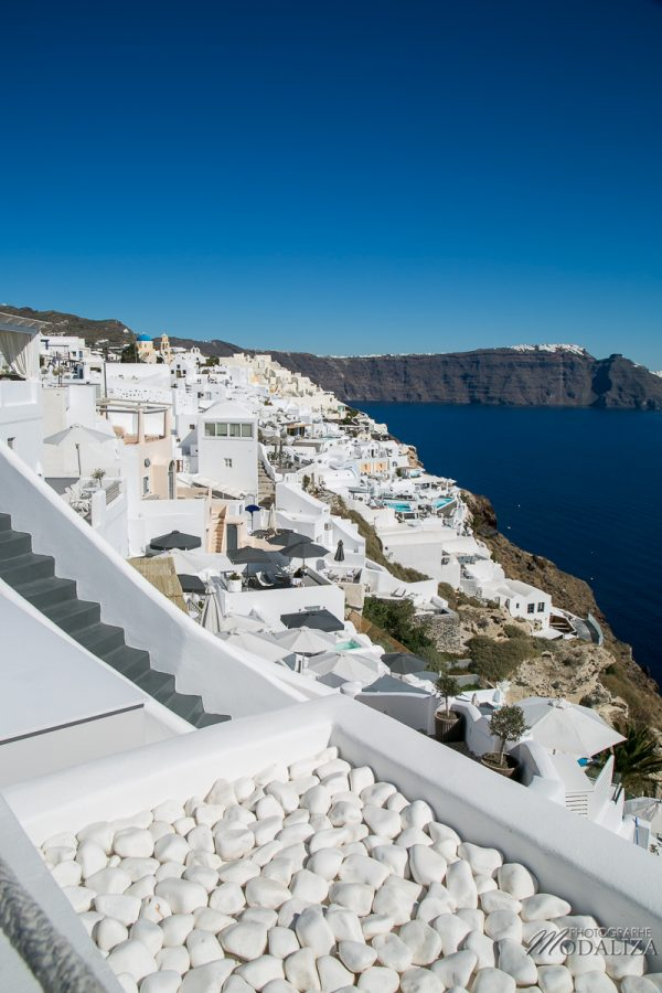 santorin travel blog greece guide voyage merovigli grece caldeira eglise coupole bleu weekend court sejour by modaliza photographe-3121
