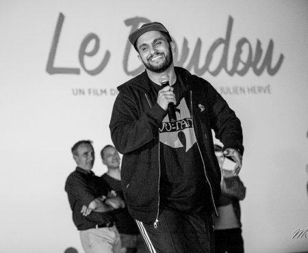 Cinema: Le doudou avec Malik Bentalha et Elie Semoun – critique et photo
