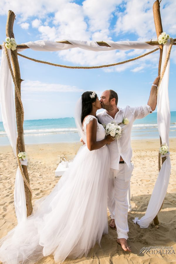 photo mariage plage republique dominicaine beach destination wedding photographer dominican republic groupes cocktail by modaliza photographe-32