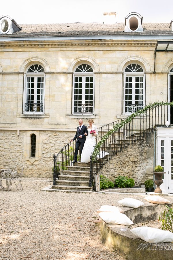 photo mariage reportage wedding day ceremonie laique chartreuse d eyres podensac arche chateau jardin pivoine pink romantic kids boy bordeaux by modaliza photographe-2430