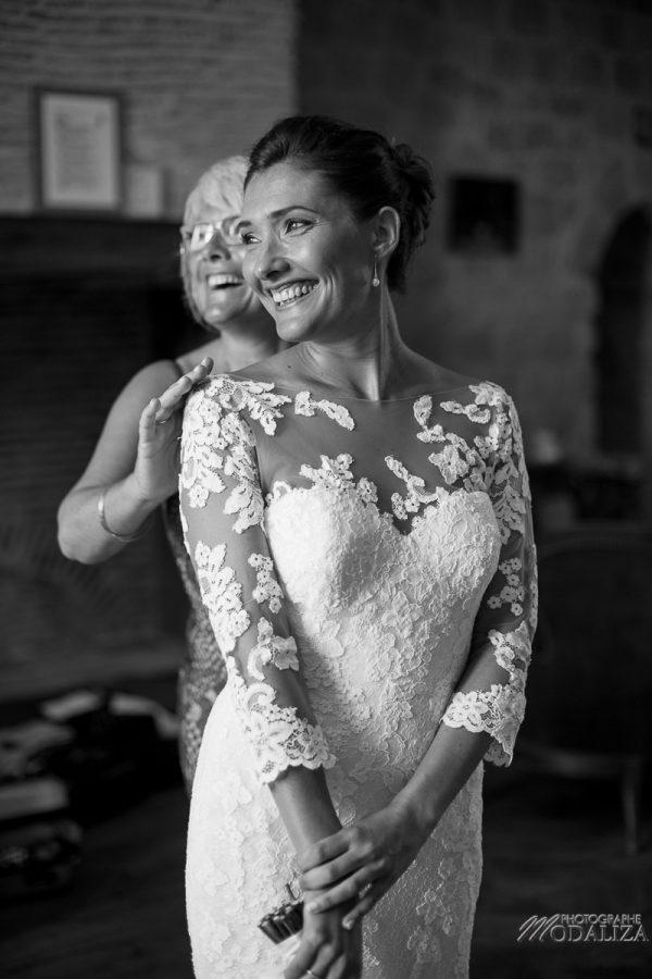 photo mariage wedding preparatifs mariee bride robe dentelle grignols domaine dame blanche gironde by modaliza photographe-232