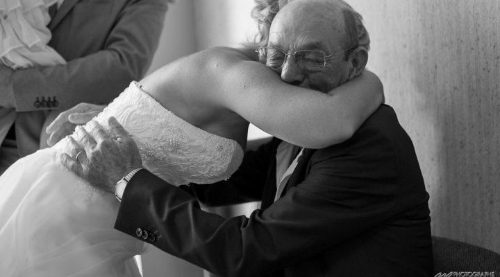 Mariage: Parents divorcés / Dur choix de la Mariée: Maman ou Papa?