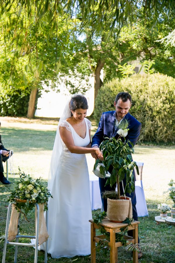 photographe mariage angouleme chateau la pouyade ceremonie laique robe elsa gary by modaliza photo-3337