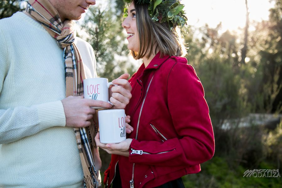 photo shoot couple hiver rouge winter lovers red lips couronne feuilles by modaliza photographe-8196