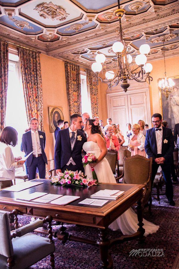 reportage mariage mairie bayonne eglise st jean de luz la reserve robe pronuptia by modaliza photographe-3509