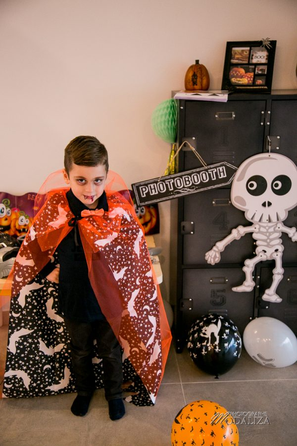 Halloween photobooth party deco decoration deguisement enfants family blog by modaliza photographe-8213