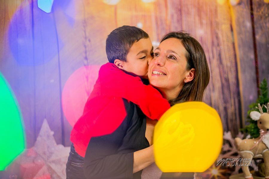photo boy and mom noel chritmas family famille bordeaux by modaliza photographe-8860