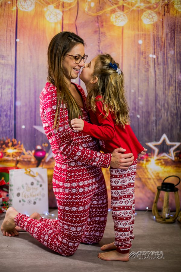 photo girl and mom noel chritmas family famille bordeaux by modaliza photographe-9191