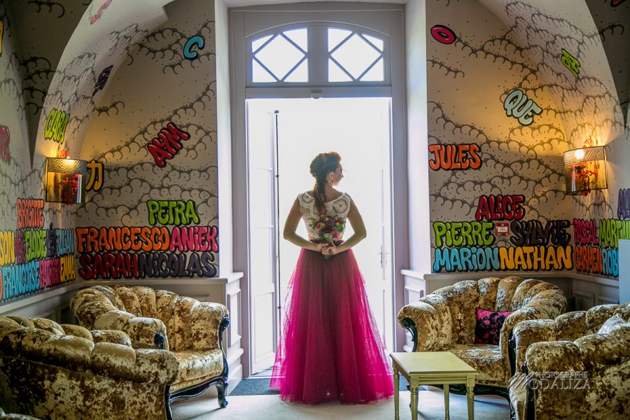photo mariage fun colors chateau le stelsia flow events robe mariee jupon la tutullerie by modaliza photographe-256